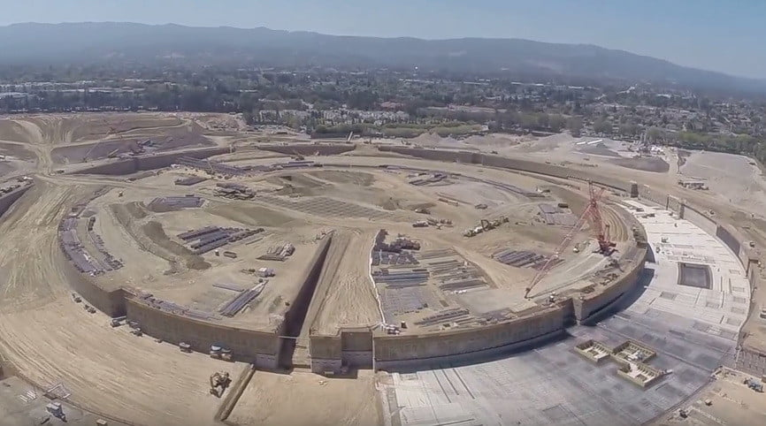 Apple Early Days : From dusty plot to green oasis apple park receives