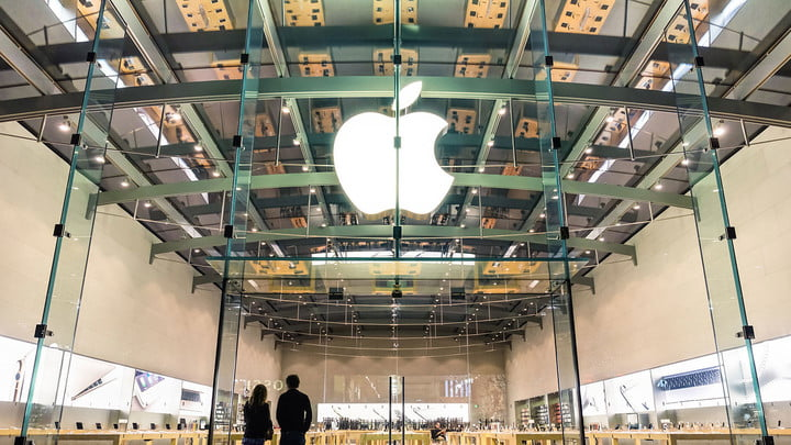 apple openings miami storefront feat