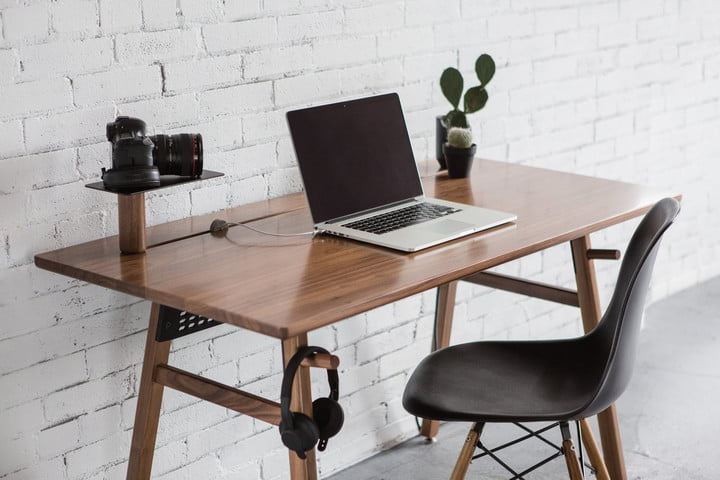 the best computer desks for 2016 digital trends. Black Bedroom Furniture Sets. Home Design Ideas