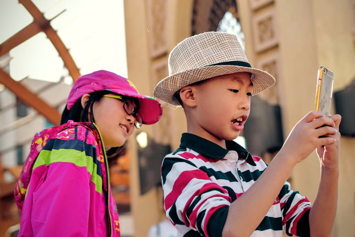 How young is too young for a smartphone? We asked the experts