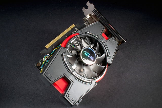 Asus Radeon R7 250X front angle