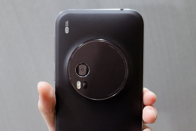 asus zenfone zoom hands on 7