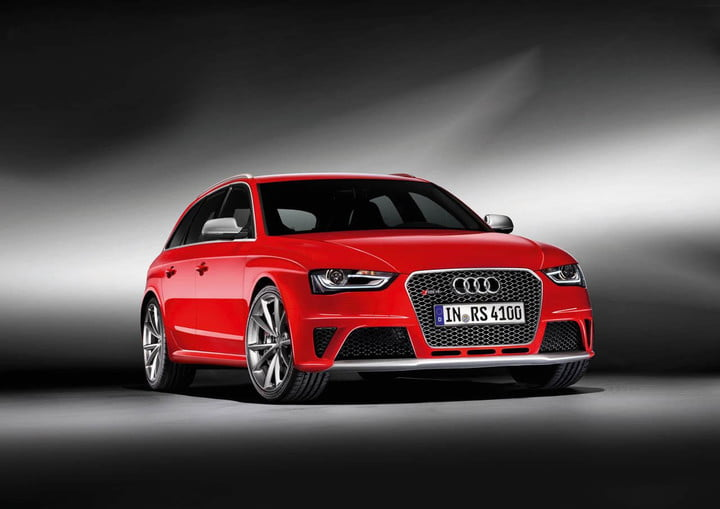 The B7 Audi Rs4 Is An Enthusiast S Dream Available Manual Transmission A 4 2 Liter 420 Horse V8 And All Wheel Drive In Subtlty Aggressive Body