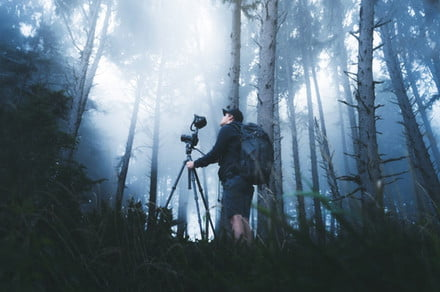 The MeVideo Globetrotter is a travel-oriented video tripod designed by MeFoto
