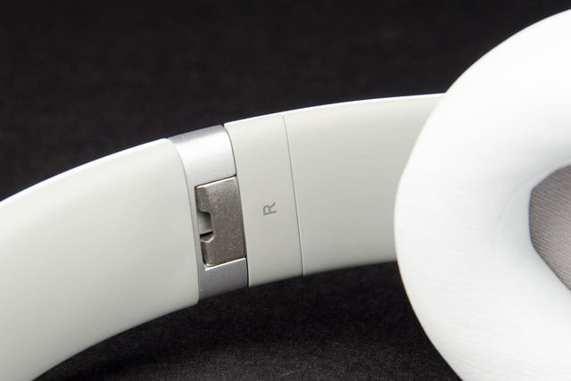 Beats by Dre Studio 2013 right hinge