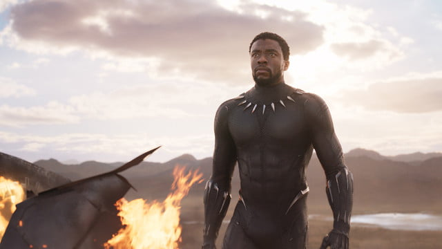 black panther review blackpanther59e4d0531eba6