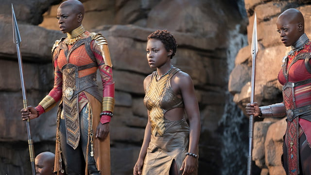 black panther review blackpanther5a544a7573575