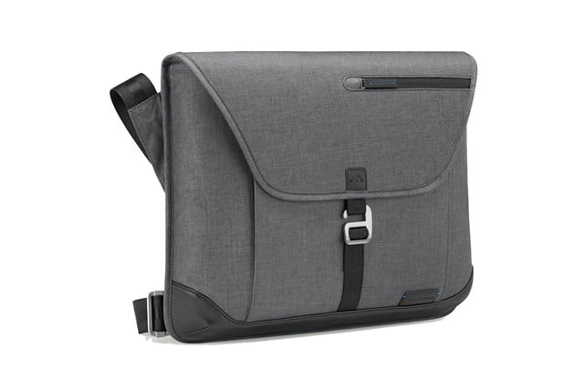Best Checkpoint Friendly Laptop Bags For Travel Bhaven Collins Sleeve Plus With Shoulder Strap 3