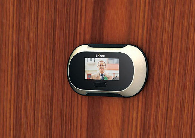 Brinno Shc500 Is An Inconspicuous Digital Peephole That Records