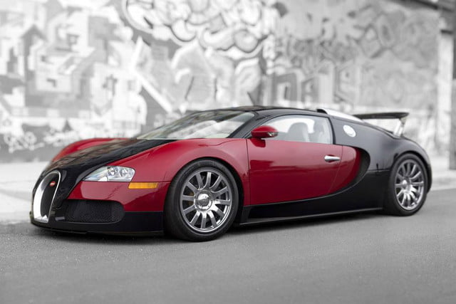 First Bugatti Veyron Sells for $1.8 Million at Auction | Digital Trends