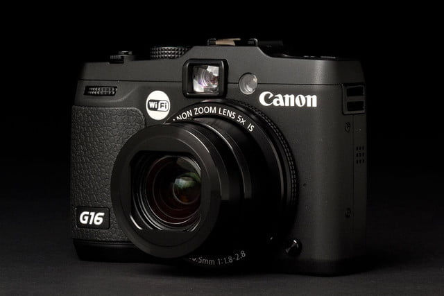 Canon G16 Camera front right angle lens zoom