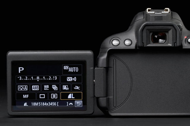 Canon Rebel EOS T5i screen extended