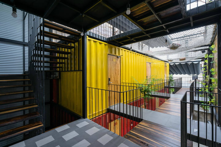 The Most Amazing Shipping Container Homes from Around the World ...