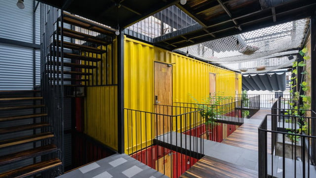 vietnamese shipping container hostel ccasa by tak architects 01