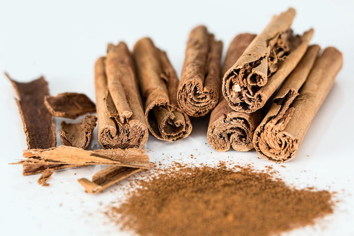 worst internet trends cinnamon stick powder spice flavoring 47046