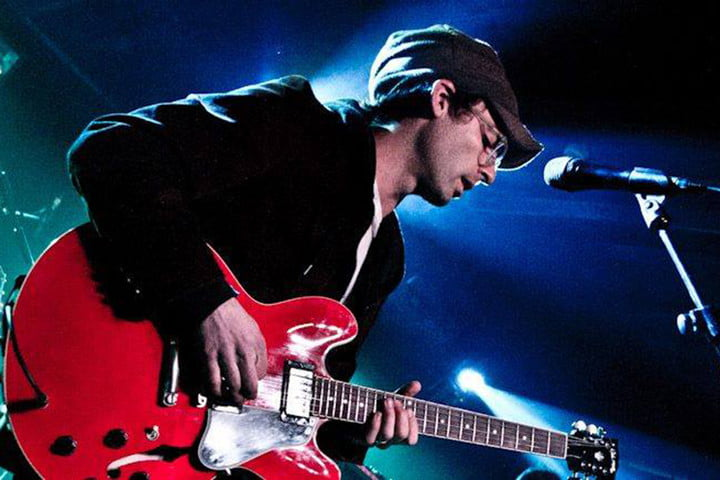 alec ounsworth of clap your hands say yeah fb 02