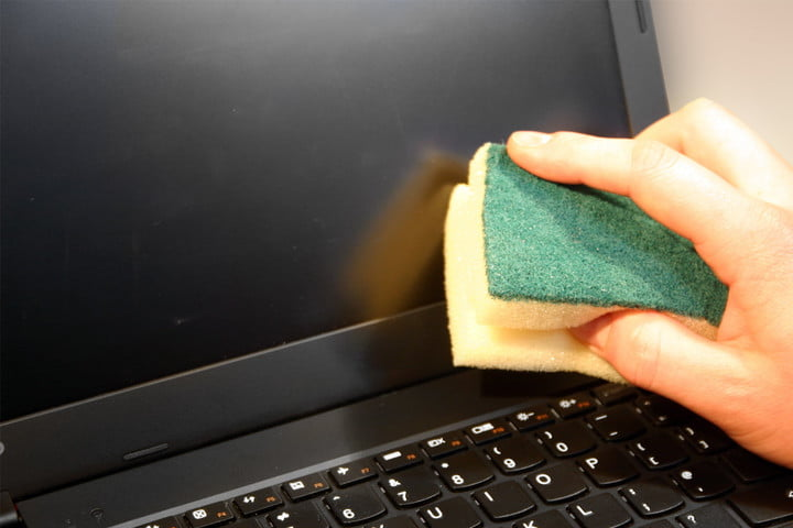 How to clean a laptop