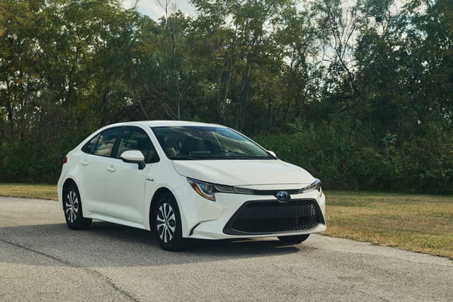 Toyota Corolla Mpg >> 2020 Toyota Corolla Hybrid Revealed At 2018 Los Angeles Auto Show