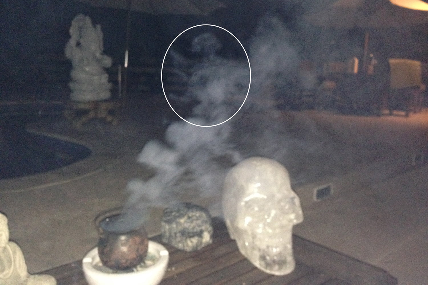 DT Daily: How to Photograph Ghosts -- Get an iPhone | Digital Trends