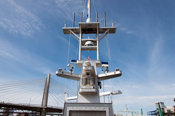 darpa officially christens the actuv in portland boat mast2