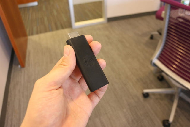 Dell Cast hands on dongle logo