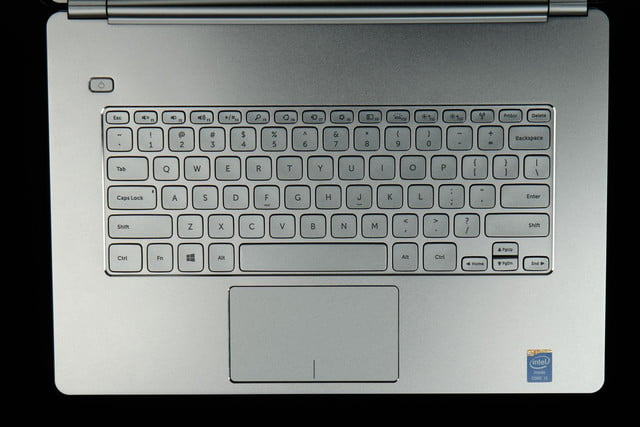 Dell-Inspiron-14-7000-keyboard-and-mouse
