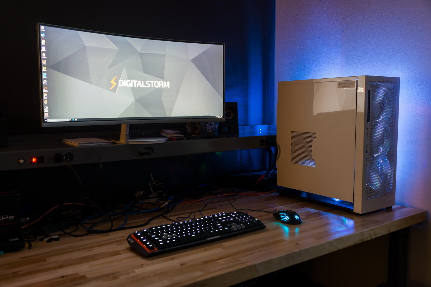the best computer for a gamer Custom gaming computers that remain unsurpassed in performance and value our passion is crafting the worlds most advanced gaming pcs, find out why today.