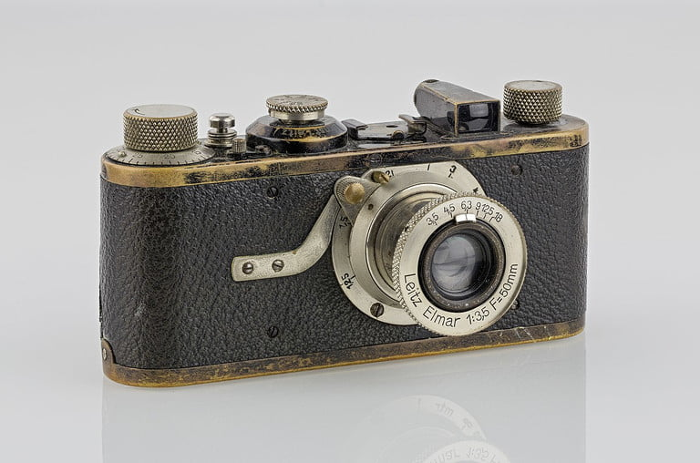 7 cameras that revolutionized photography and changed how we take pictures 1280px lei0060 186 leica i sn 5193 1927 originalzu