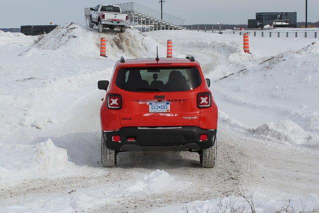 fiat chrysler four wheel and all drive specs 2015 fca winter 37