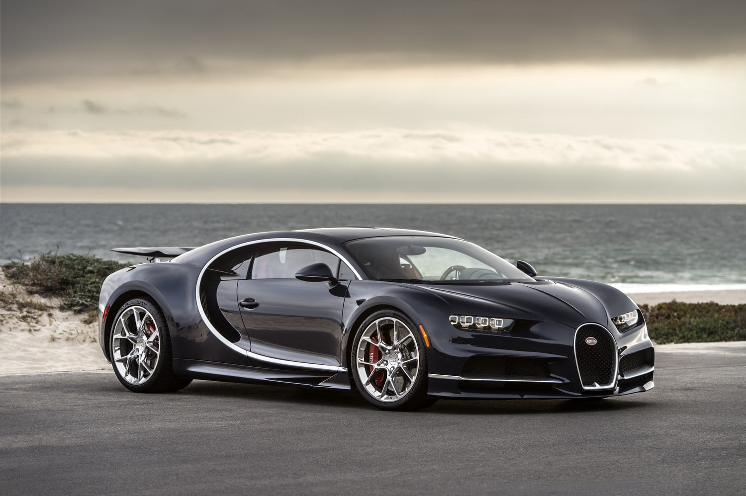 Bugatti Remotely Monitors Chiron Supercars With Racing-Style