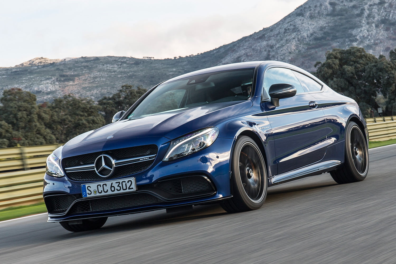 2017 Mercedes Amg C63 S Coupe First Drive Impressions Digital Trends