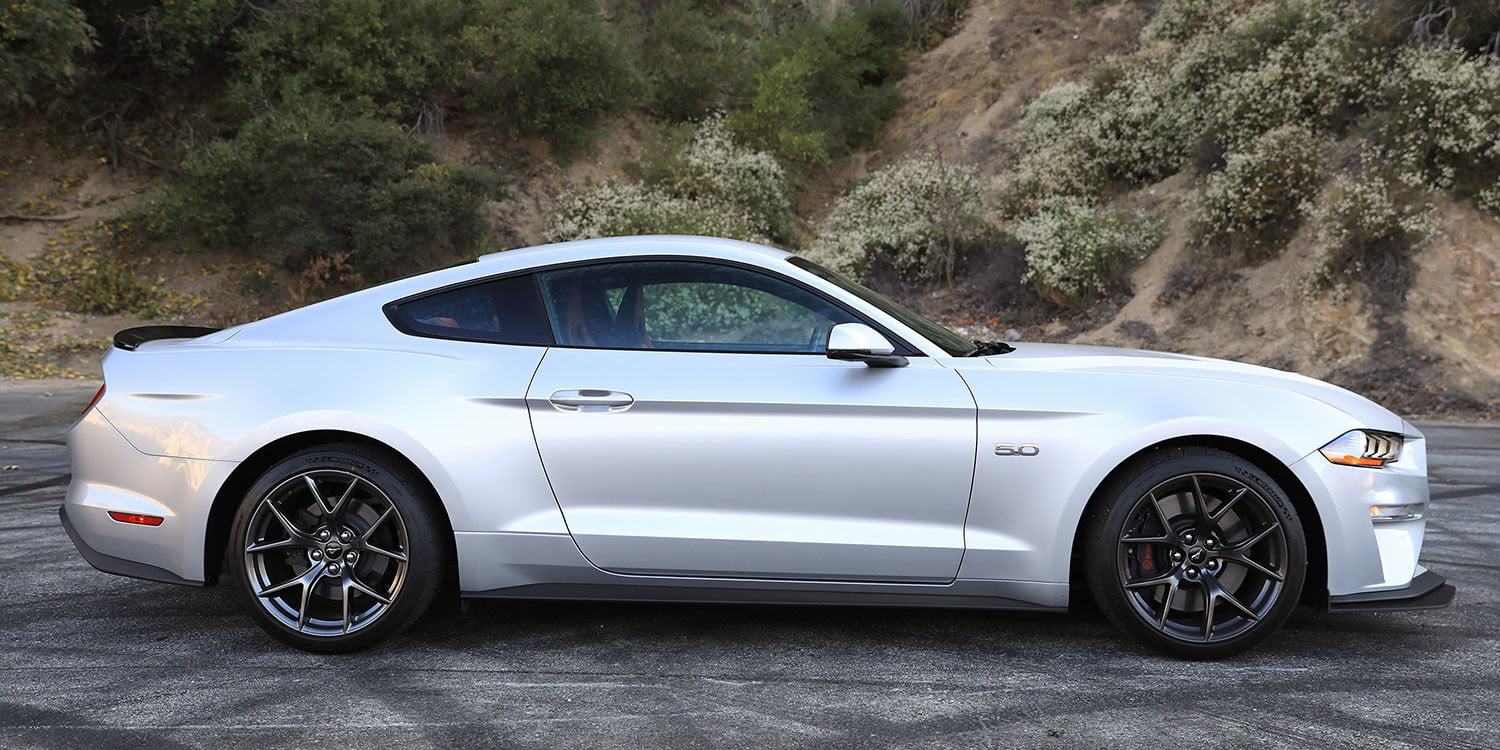 2018 Ford Mustang Gt >> 2018 Ford Mustang Gt Performance Pack 2 Review Digital Trends