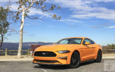 Mustang Dating ad