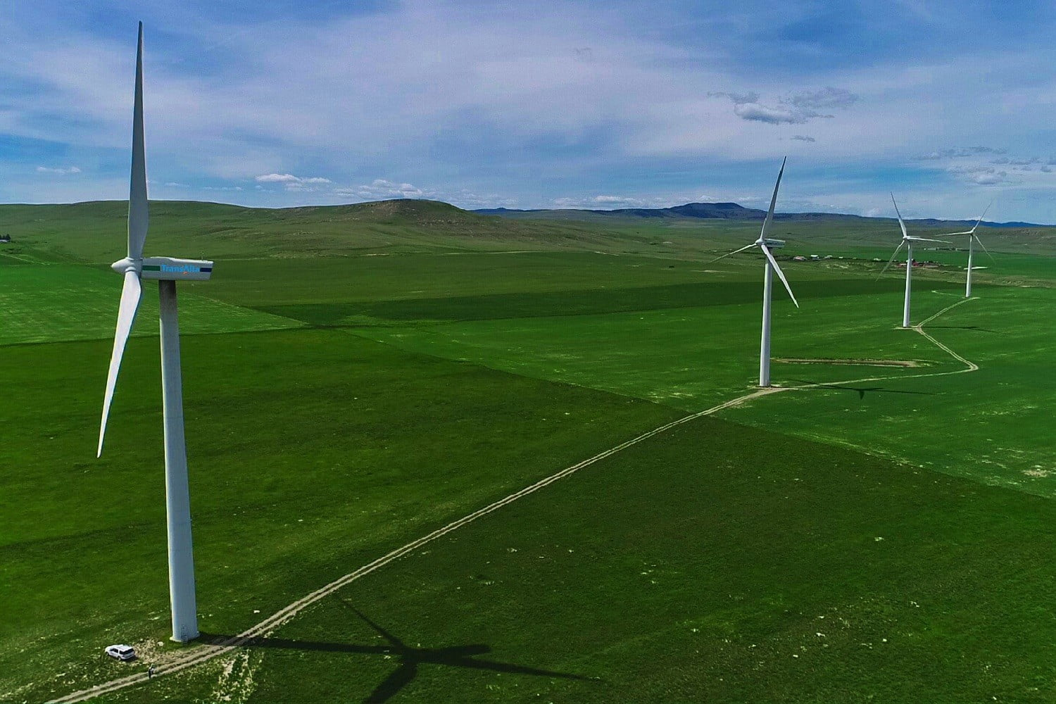 Stanford researchers create algorithm that makes wind turbines more efficient