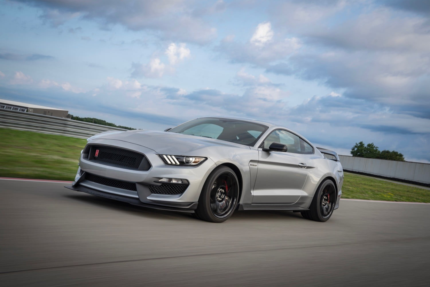 The 2020 Ford Shelby Mustang GT350R remains hilariously hardcore