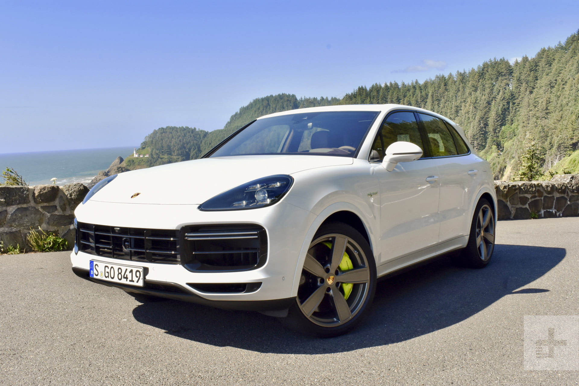 2020 Porsche Cayenne Turbo S E Hybrid First Drive Review Digital Trends