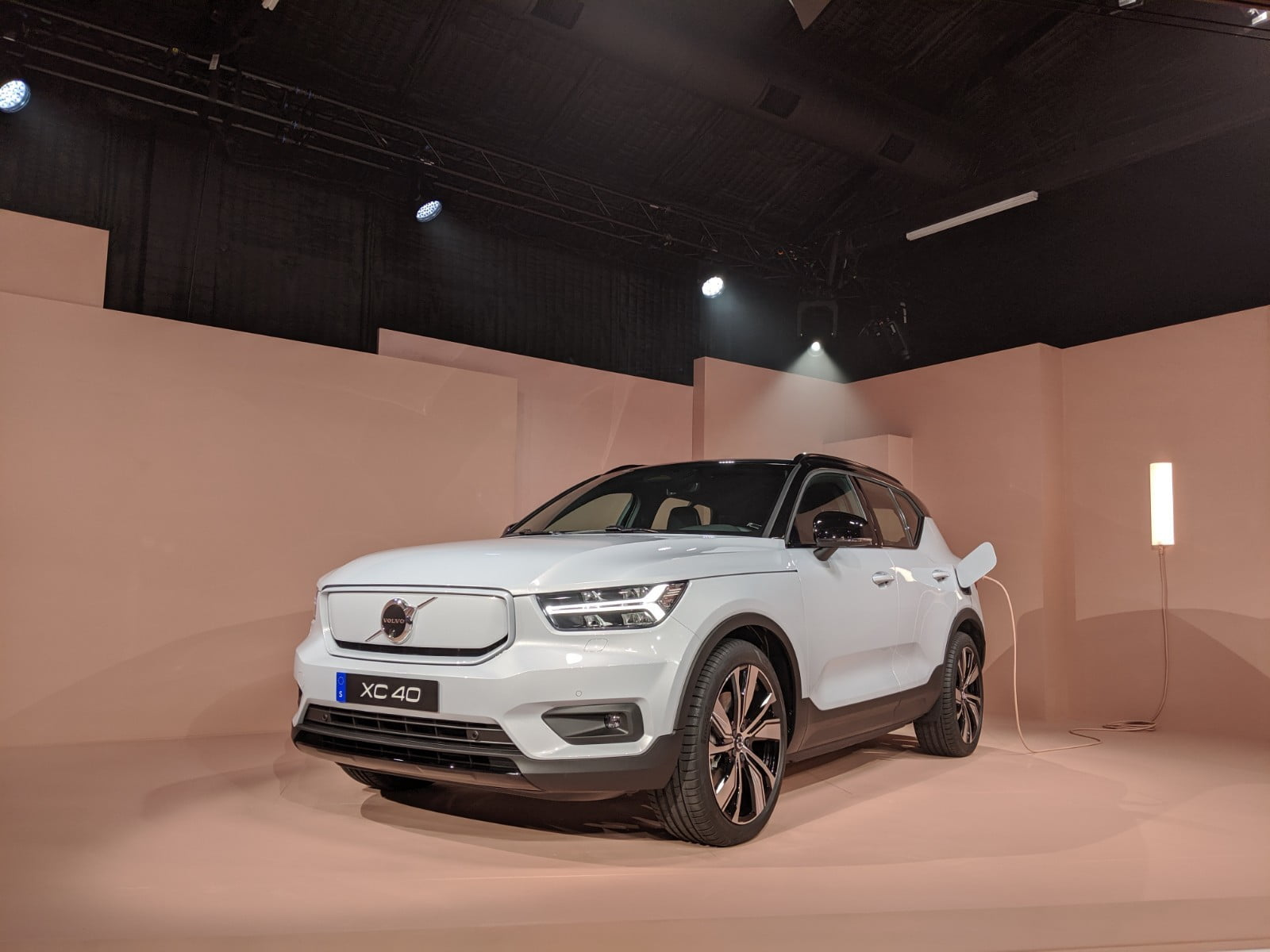 Volvo's first electric car is the new XC40 Recharge