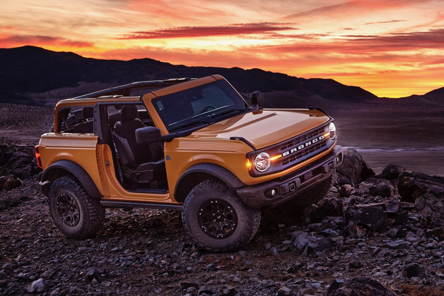 2021 Ford Bronco And 2021 Ford Bronco Sport Revealed Digital Trends