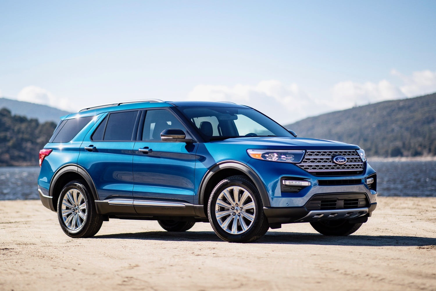 Ford Escape Towing Capacity >> 2020 Ford Explorer Hybrid Achieves 28 Mpg Combined Digital