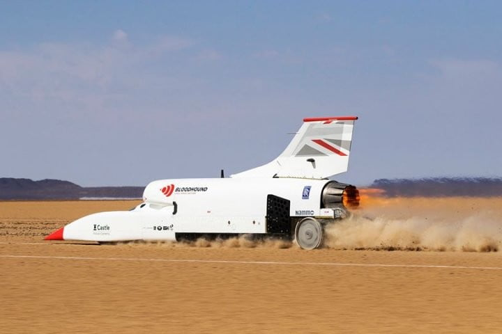 The Bloodhound Land Speed Car saw its paint peel off in a 600-plus mph test run