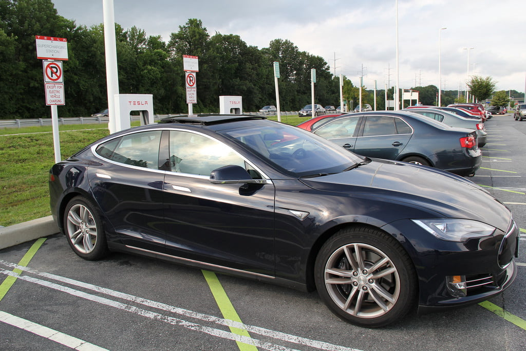 Elon Musk hints that Tesla's new Superchargers might be insanely fast