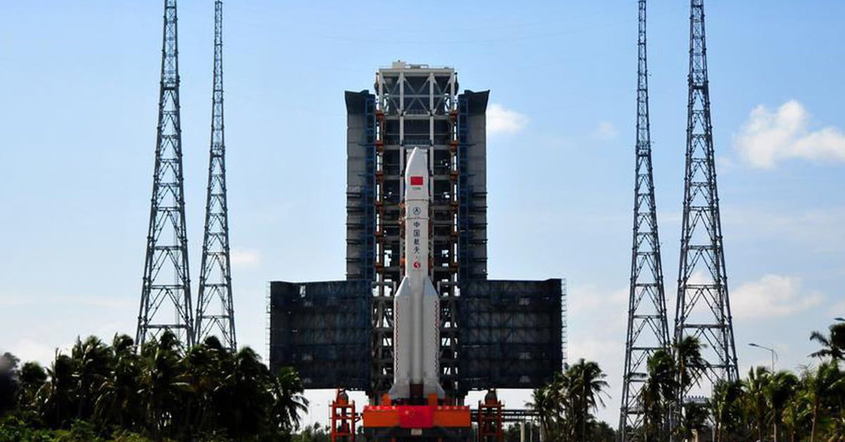 China Launches Its Largest Rocket Ever, the Long March-5