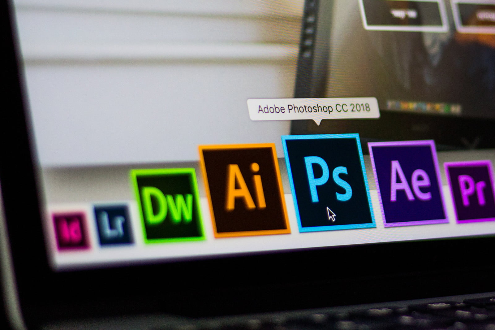 Photoshop's Content-Aware Fill is about to get even smarter with auto selections