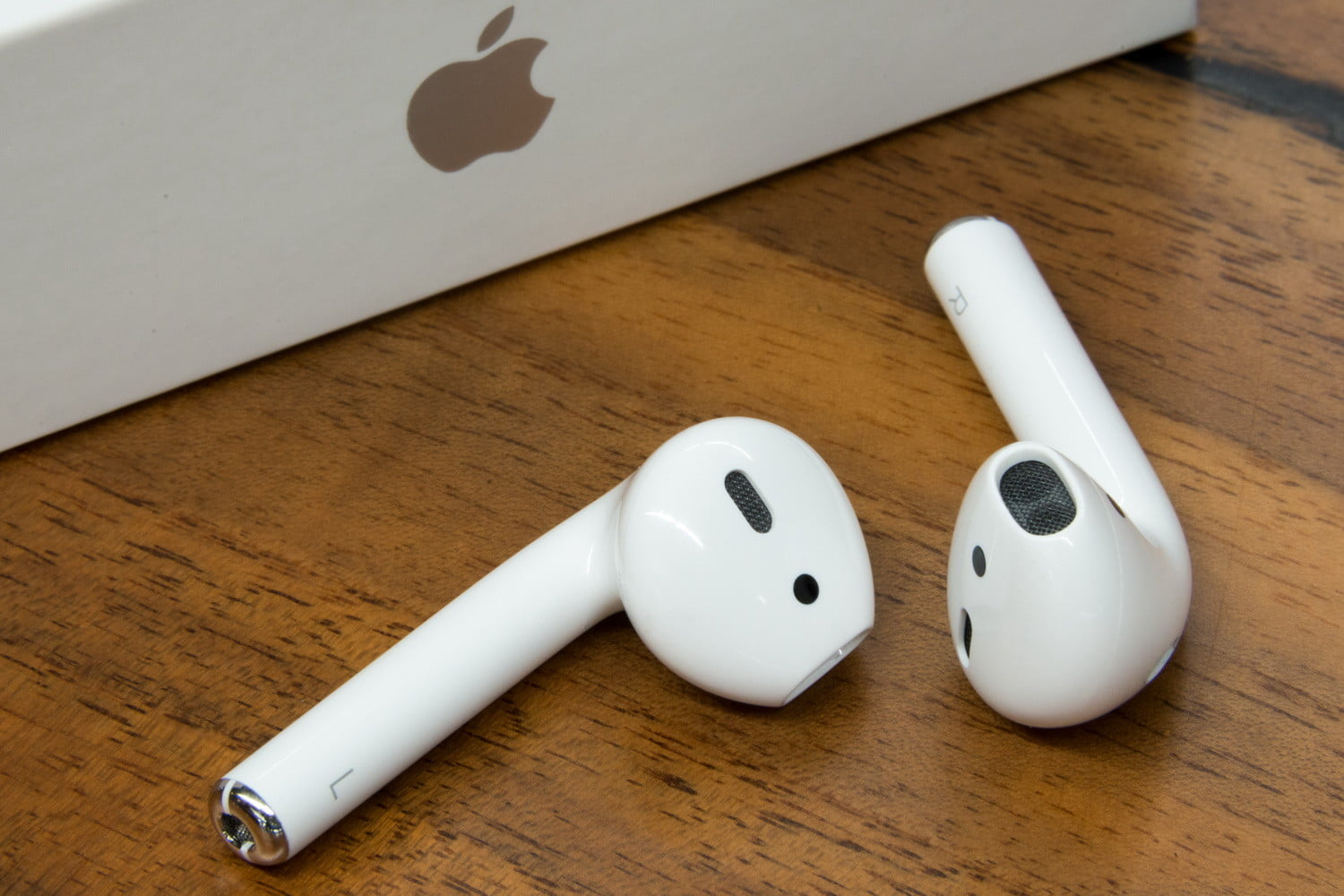 Apple AirPods Live Listen Feature Misused to Spy on