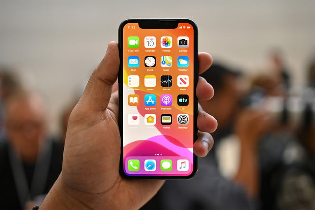 iphone 11 pro max review apple hands on jc front 1