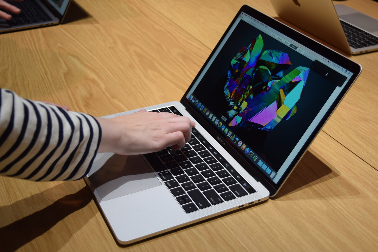 Apple offers free battery replacement for some MacBook Pros