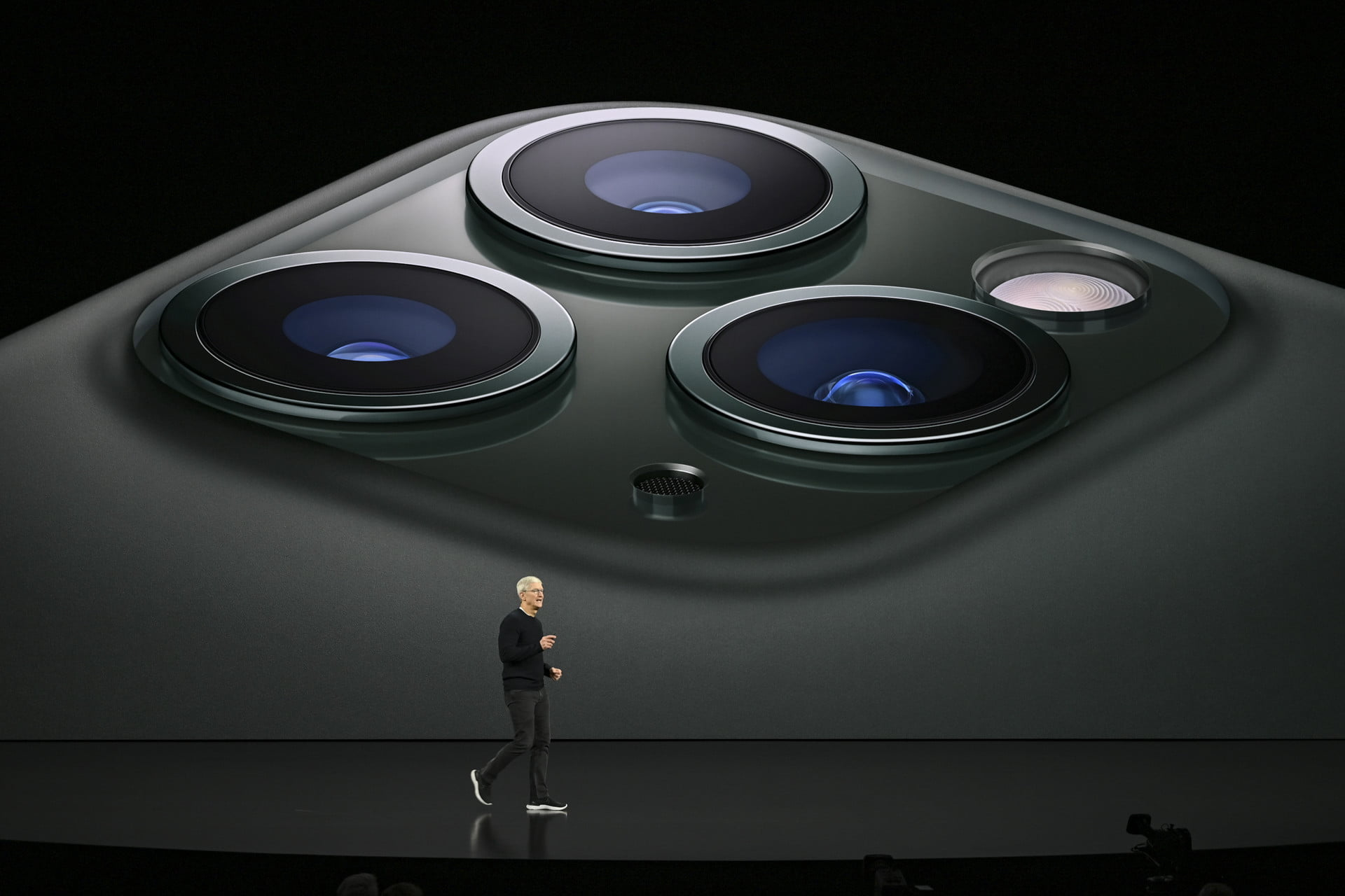 The iPhone 11 Pro's multiple camera design is triggering people's trypophobia