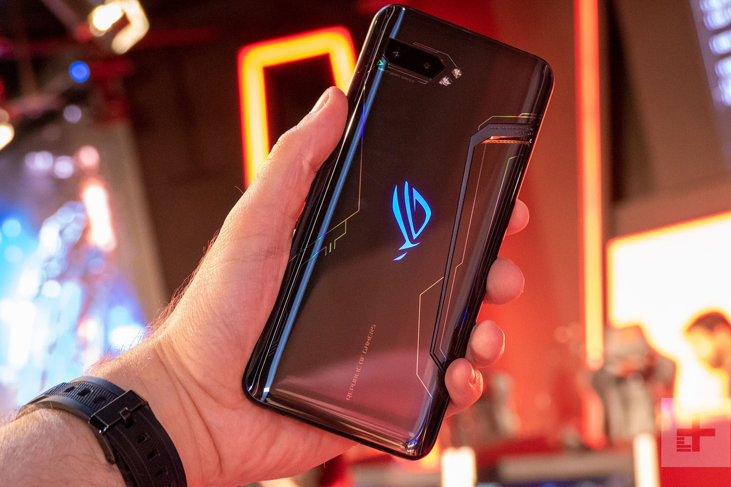 Asus Amps Up the ROG Phone 2 with New 1TB Ultimate Edition