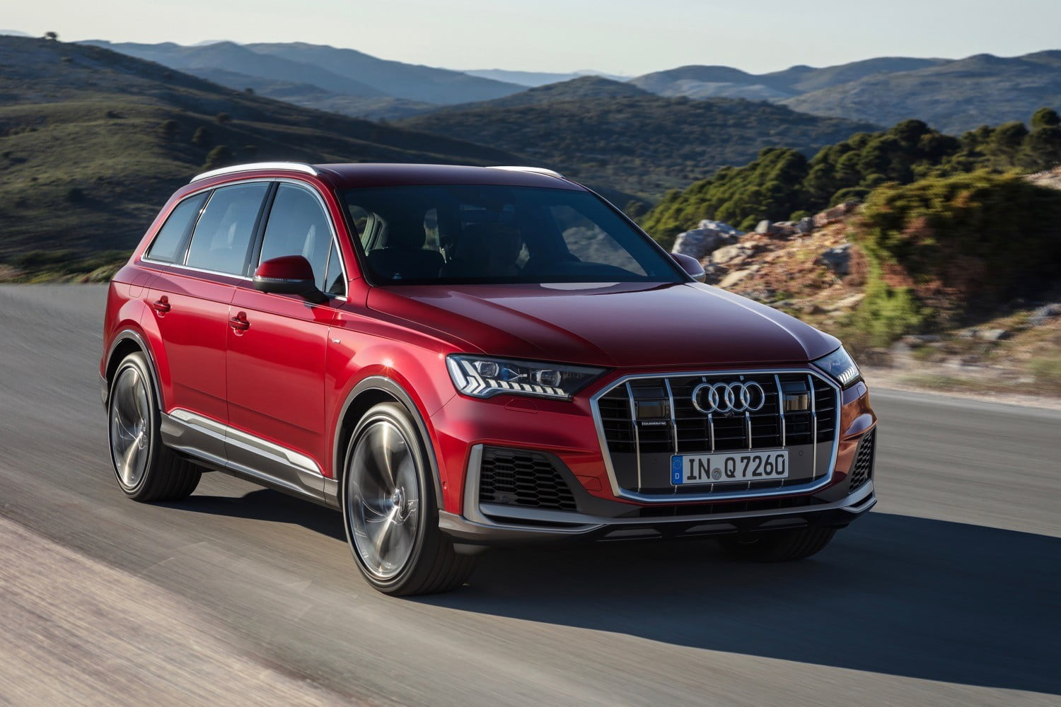 2019 Audi Q7 Changes, Specs And Price >> 2020 Audi Q7 Three Row Suv Gets Updated Styling Tech Digital Trends
