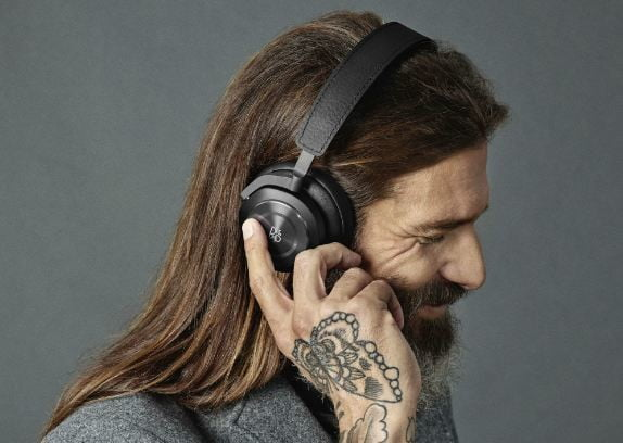 Amazon discounts these premium Bang & Olufsen wireless headphones by up to $200